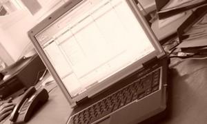 چگونه طول عمر باتری لپ تاپ خود را افزایش دهید؟